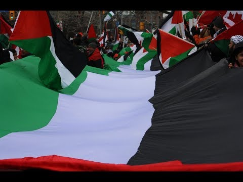 Judaism YES Zionism NO -Longest Palestinian Flag at US Consulate in Hands Off Jerusalem AlQuds Rally Dec. 09, 2017 -Engl