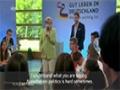 Angela Merkel makes a Palestinian child to cry - German sub English