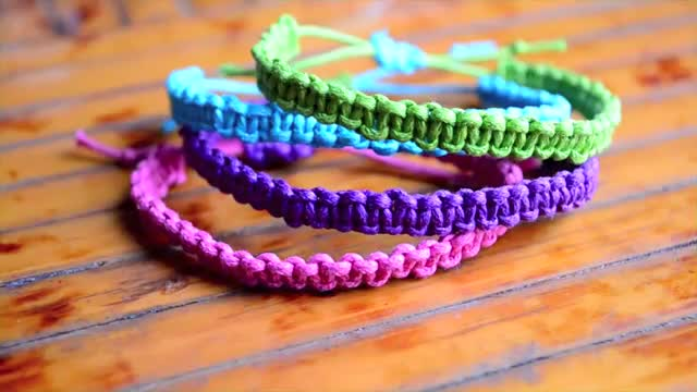 Diy Stackable Square Knot Cobra Stitch Bracelet English