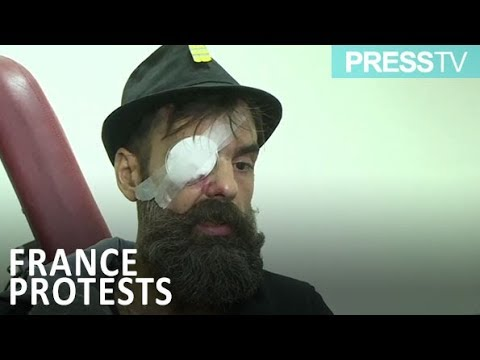 [28 January 2019] Injured yellow vest leader to sue Macron - English