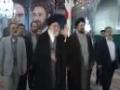 İmam Ali Hamaney, İmam Humeyni\'nin türbesini ve şehidlerin mezarını ziyaret etti - All Languages